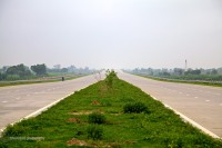 Delhi to Agra on the Yamuna expressway