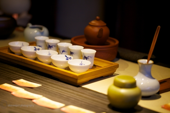 Making tea under the guidance of a master, Taichung, Taiwan