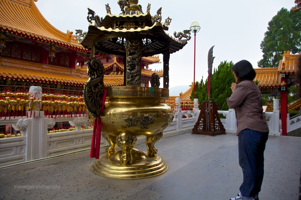 Offering prayers at the Wen Wu temple at SML, Taiwan