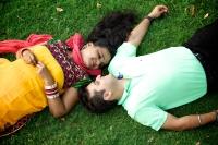 Couple shoot with Ruchika & Gunjan by Weddinig photographer Bhaven Jani